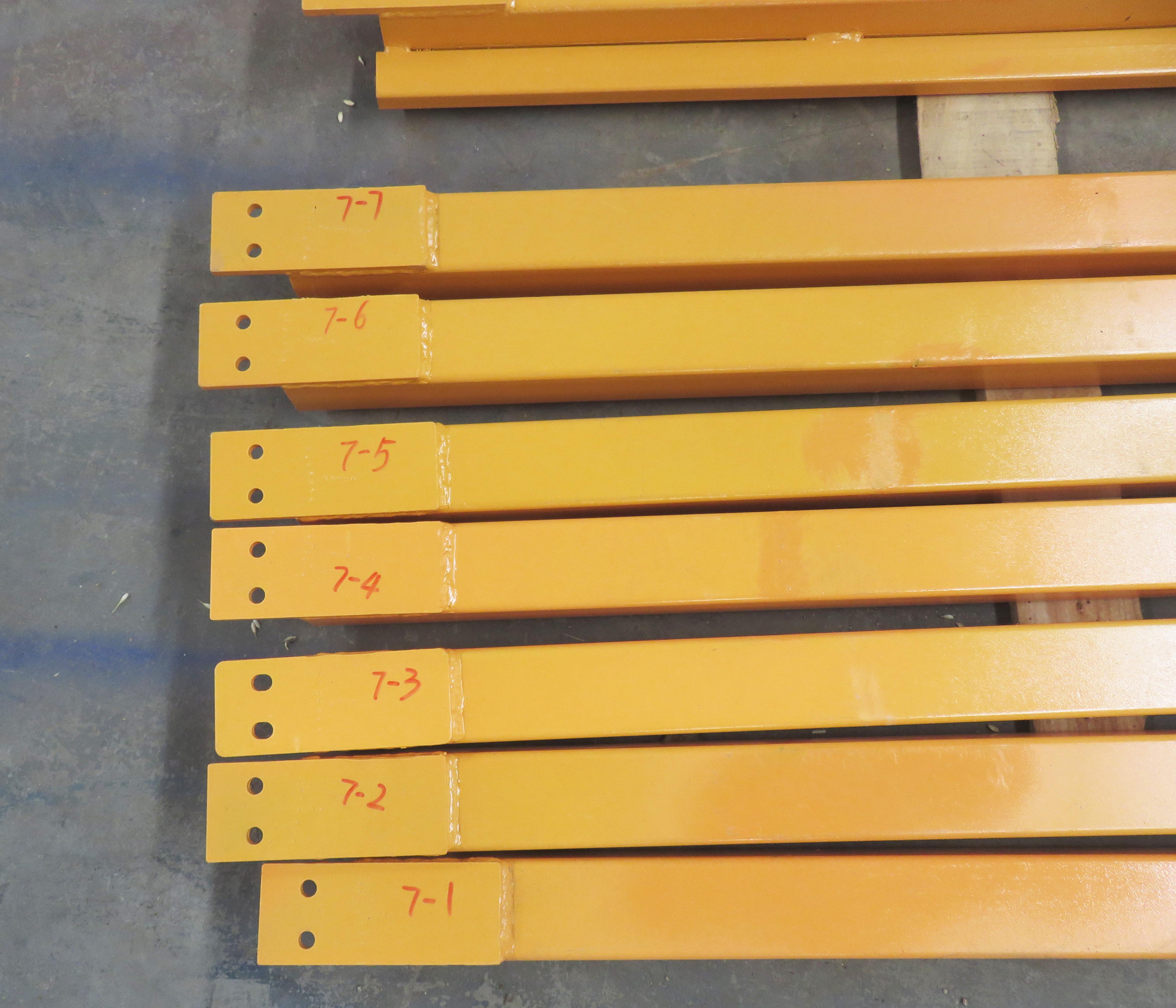 marks on goods lift