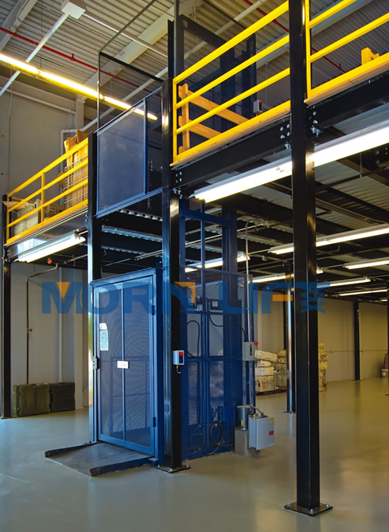 cargo goods lift
