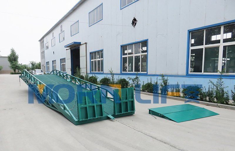 loading dock ramp and container ramp