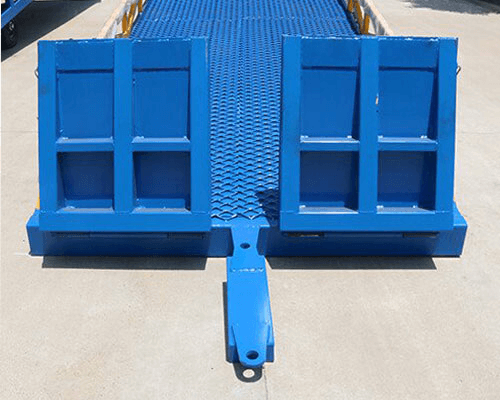 mobile loading ramp Trailing device