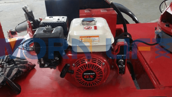 boomlift petrol engine
