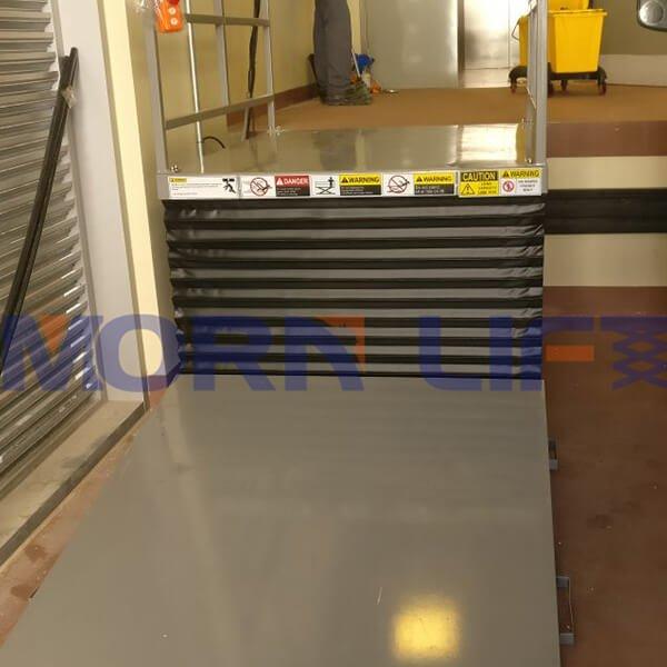 Customized scissor lift table in dubai