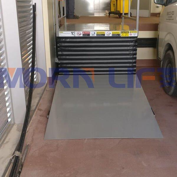 Customized scissor lift table installed in dubai