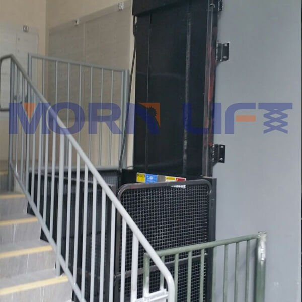 cargo lift for sell in singapore