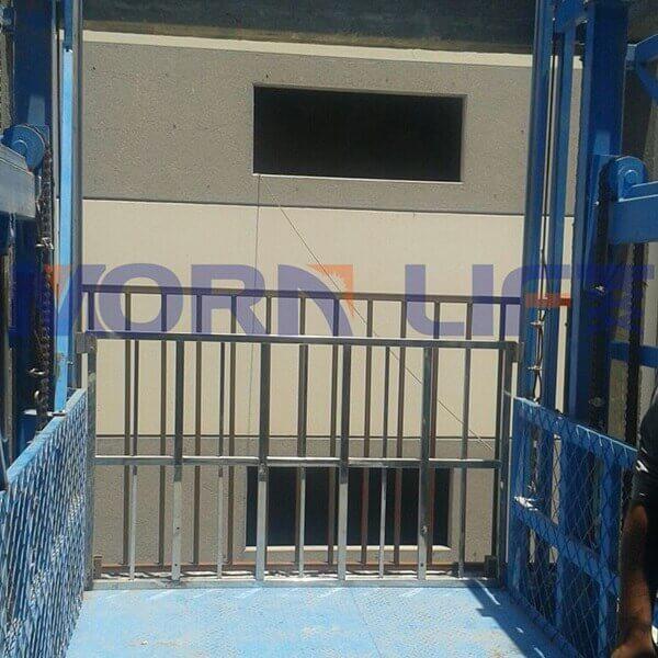 cargo lift in egypt