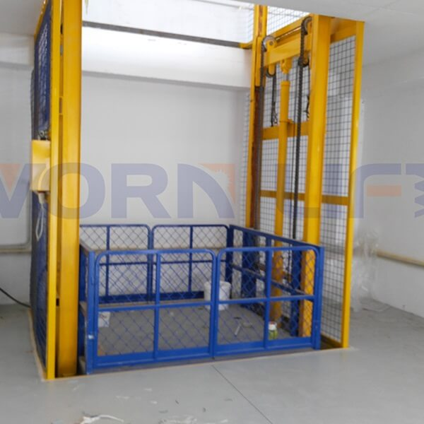 How to Maintain the Commercial Cargo Lifts