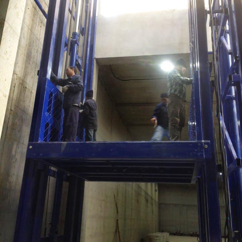 cargo lift installation2