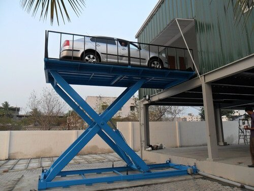 How to choose the hydraulic oil of small car lift better in summer