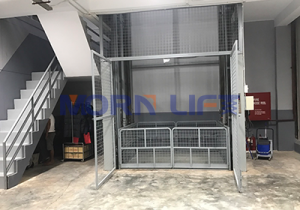 hydraulic-cargo-lift 13