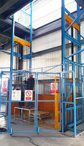 hydraulic-cargo-lift 6
