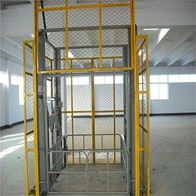 cargo lift with full mesh - MORN LIFT